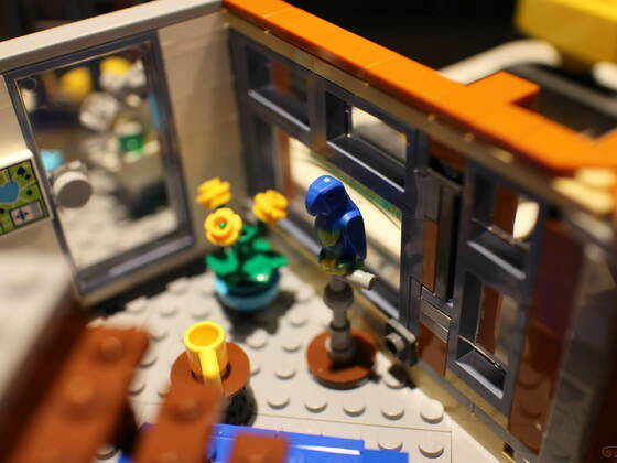 10264 Jo´s Garage Eckhaus das neue Modular Haus von LEGO