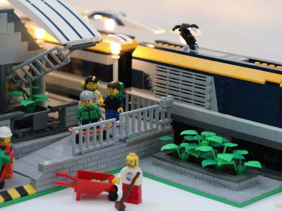 Bahnhof MOC