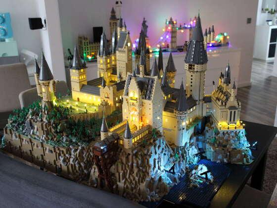 FERITG Hogwarts XXL BRICKLIGHT inside :-) viel Spaß