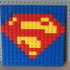 Superman-Logo als Mosaik