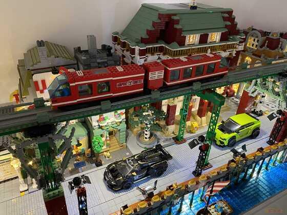 LEGO Street - mit Hochbahn