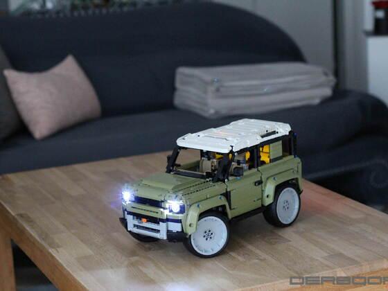 Lego Technic 42110 Land Rover Defender mit LED und großen Felgen
