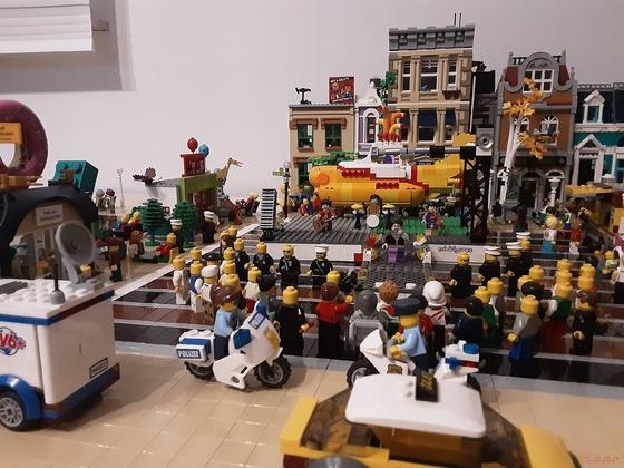 Groß Veranstaltung am Marktplatz