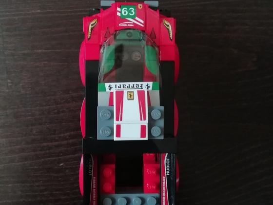 Lego Speed Champions 75886 Ferrari 488 GT3 Scuderia Corsa - Pick Up Alternate Build by Keep On Bricking Bilder