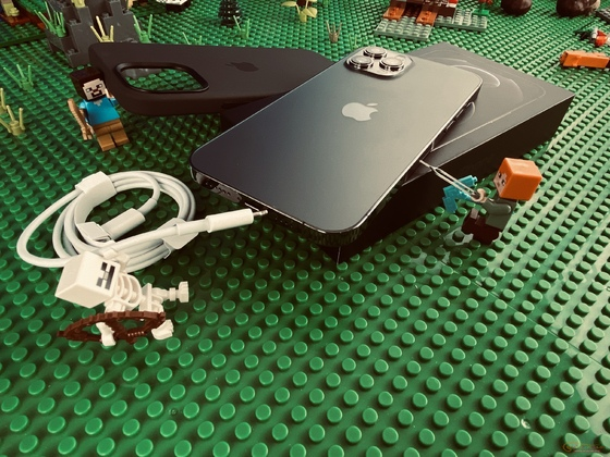 LEGO Minecraft iPhone 12 pro Max install